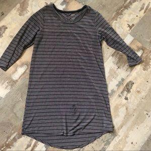 🦚3 for $10🦚 sleepshirt by Gillian & O'Malley